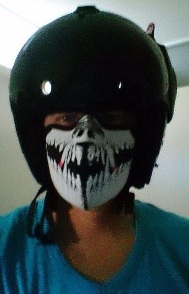 Facemask + motorhelm